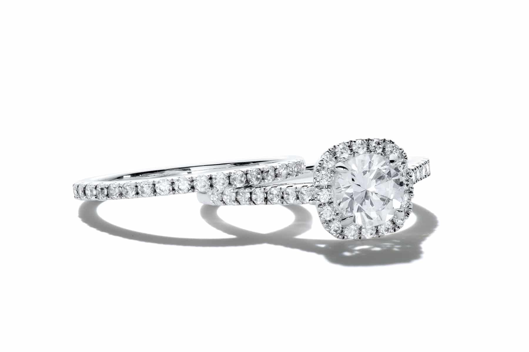 Packshot joaillerie Or blanc et diamants