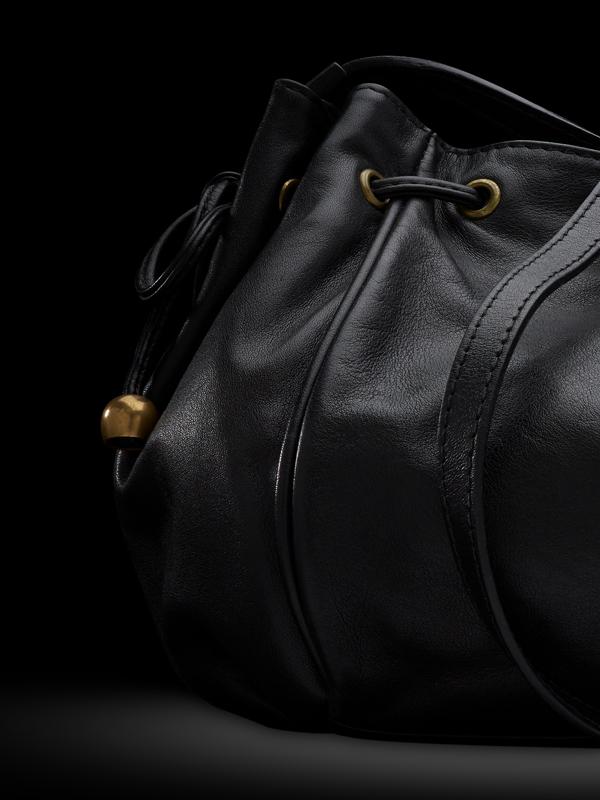Packshot maroquinerie  - Vue de détail